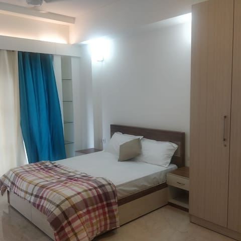 Rooms in a Serviced Apartment in South Delhi