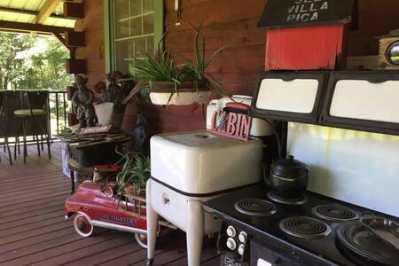 West Atlanta Log Cabin. Interstate I-20. Antiques