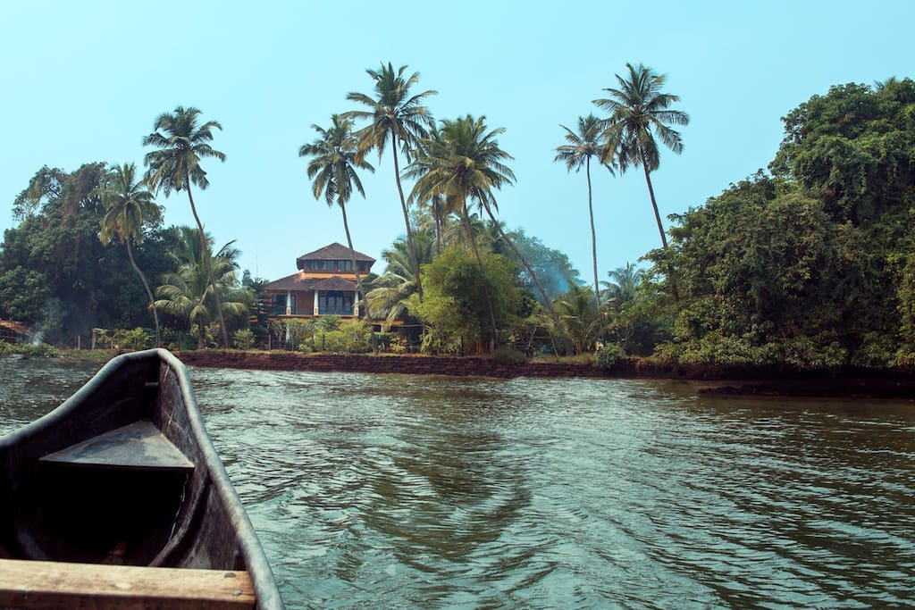 Villa from the Chapora River