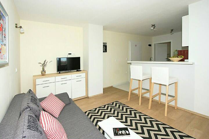 Cosy, spacious apartment No.4, Val, old town Nin