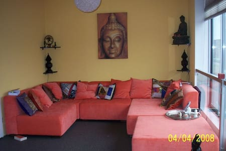Sunny, warm and luxurious house with sauna - IJsselstein - Rumah
