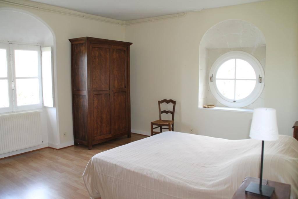 Première chambre (1 lit double)