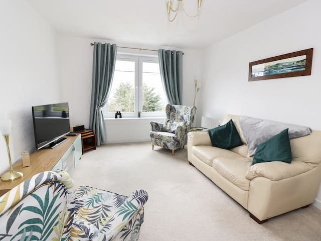 MACS PLACE, family friendly in Largs, Ref 980233