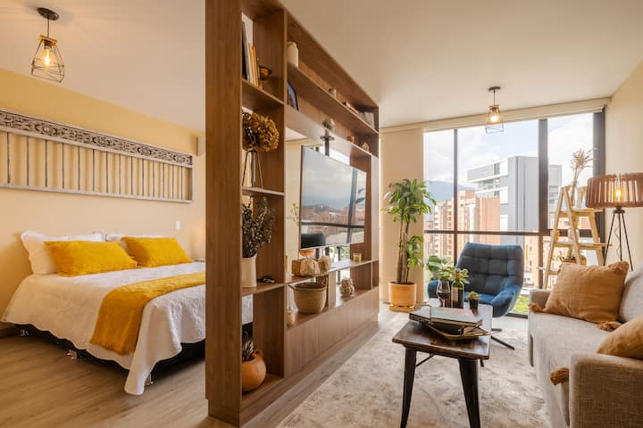 Local, Cozy and Modern Laureles Experience