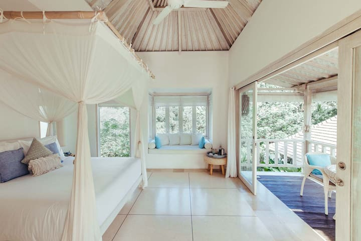 Romantic & Dreamy - Tara Suite