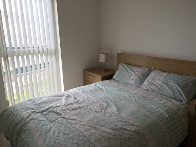 Cozy Double Room in a 2 bed flat - Manchester - Wohnung