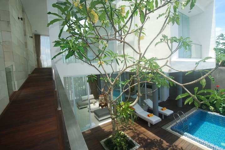 Arjuna Room: Short walk/cycle to Pandawa Beach - Kuta Selatan - Villa