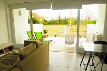 Puerto Pollensa Garden Apartment No. 17 - Pollença