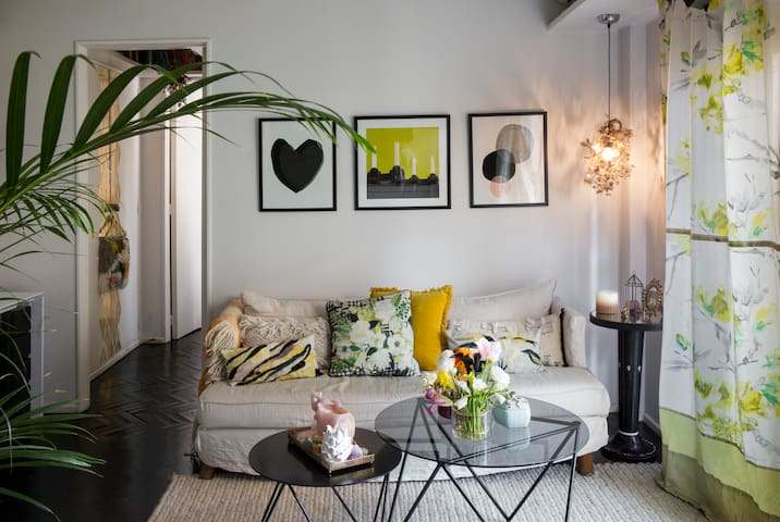 Well-located and Nicely Decorated apt in Palermo
