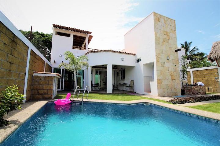 Casa del Pozo de Agua (Beach house)