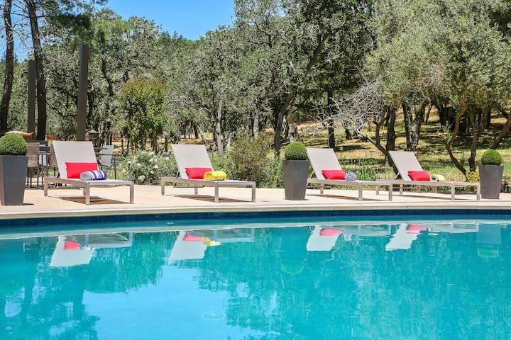 !Gorgeous Sonoma Wine Country Getaway Estate