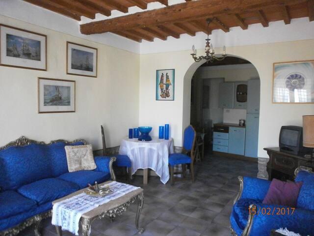 """CASA AL BORGO """"nel cuore della Toscana medioevale"""" - Montecatini Alto - Apartament"""