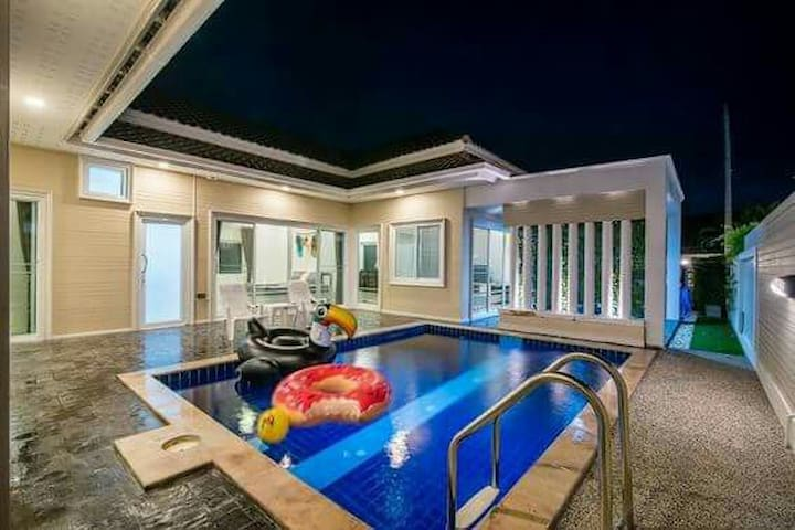 ฺBaan Camp Hua Hin Poolvilla