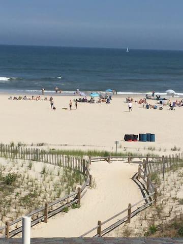 6603 Pleasure Ave Ocean Front BeachHouse, 5BR, 4BA