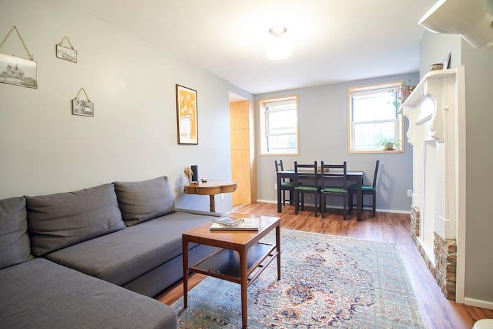 Bright renovated apartment, quiet Bushwick block!