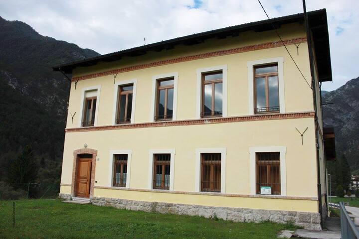 EX scuola ristrutturata!