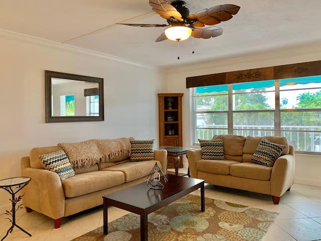 Private Peaceful 2br/2ba on the Intracoastal #M5