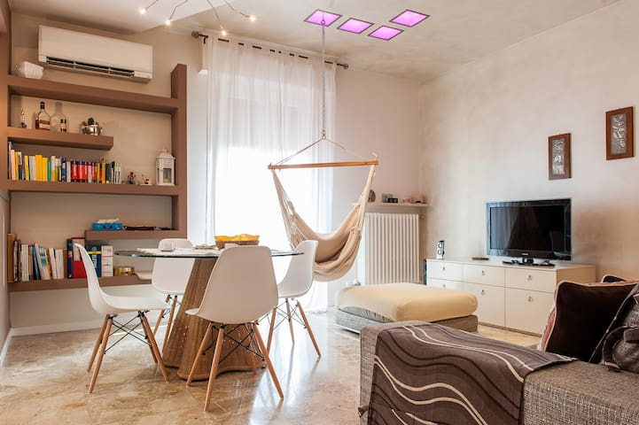 BORGO ROMA - spacious and quiete apartment just a few minutes from the exhibition centre