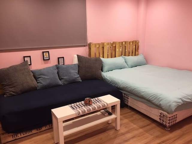Hygge2~4人簡約西門町Ximending MRT and Shopping Area 1min