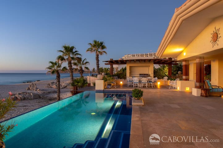 Beachfront Pool Terrace Overlooking the Sea of Cortez
