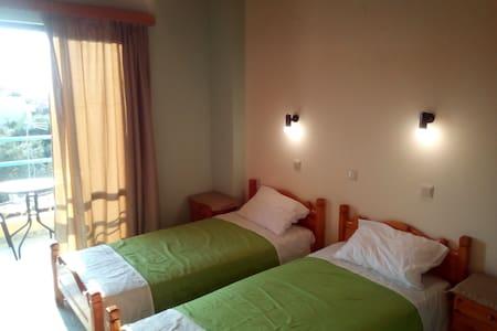 Private room-studio in Anaxos