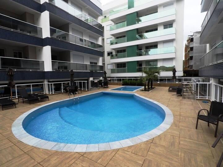 Lindo apto em Condominio com piscina...