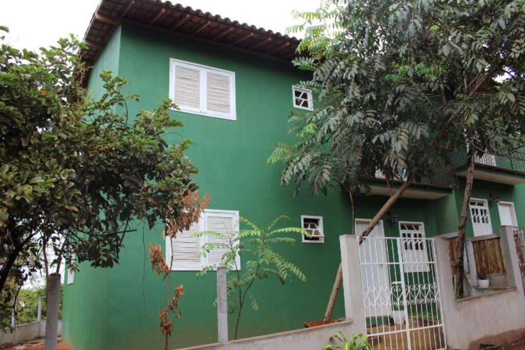 Fachada da Casa (2 Apartamentos)