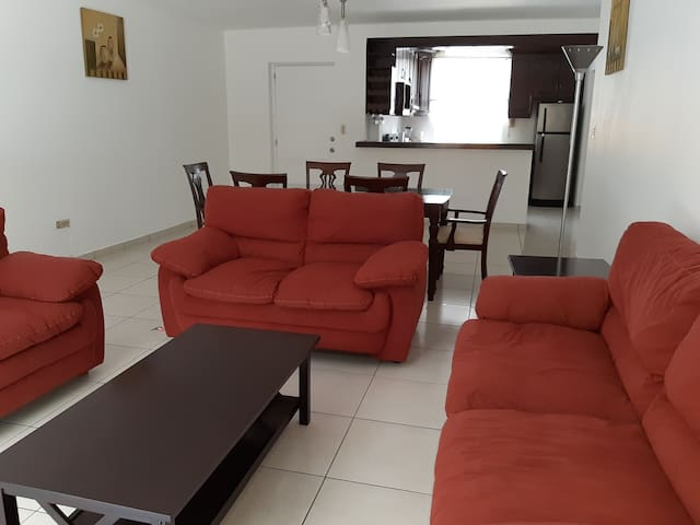 San Benito Cozy, Fully Equipped, Wifi, A/C, Cable