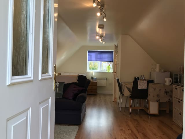 Private studio in beautiful village nr Chester