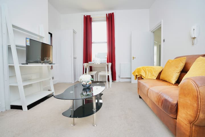 London Road Station Apartment