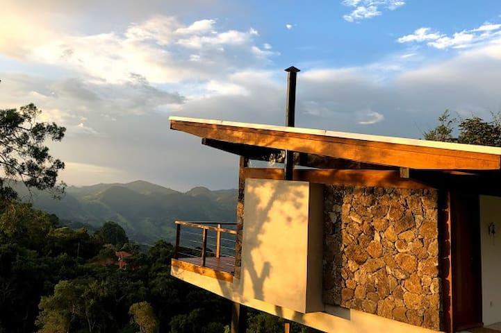 Futucatuia Céu • Arquitetura única nas montanhas