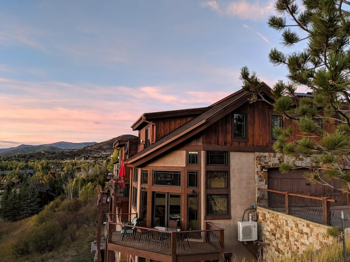 Stunning sunsets over Steamboat. Lux family chalet