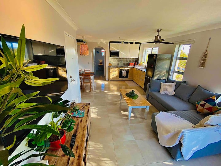 🏖Broadbeach in Style 🏖Fully renovated Apartment☀️