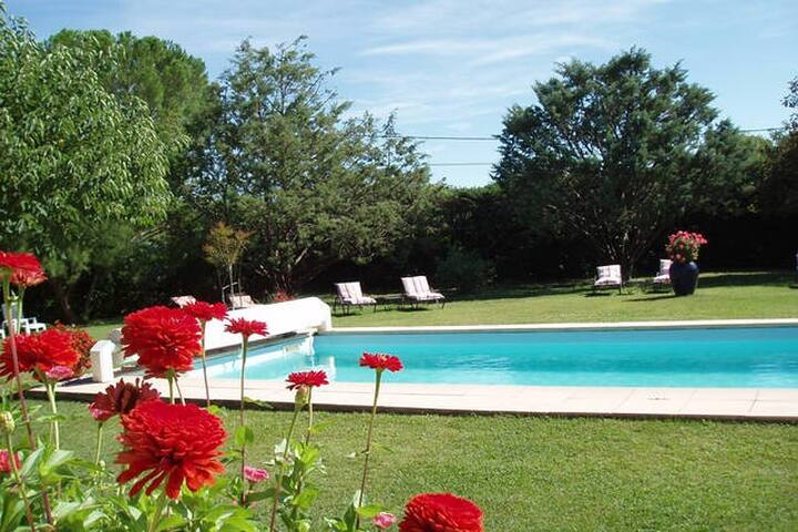 La Farigoulette, chambre familiale en Sud Ardèche - Berrias-et-Casteljau - House