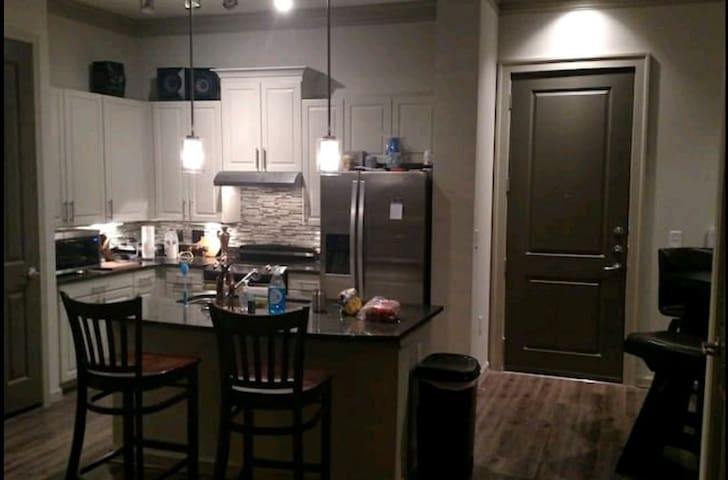 Private Room in West Midtown - Atlanta - Appartement