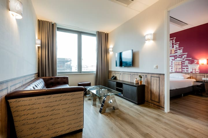 AMSTERDAM ID APARTHOTEL - One Bedroom Apartment - Combine the space of your own apartment with the luxury of hotel facilities