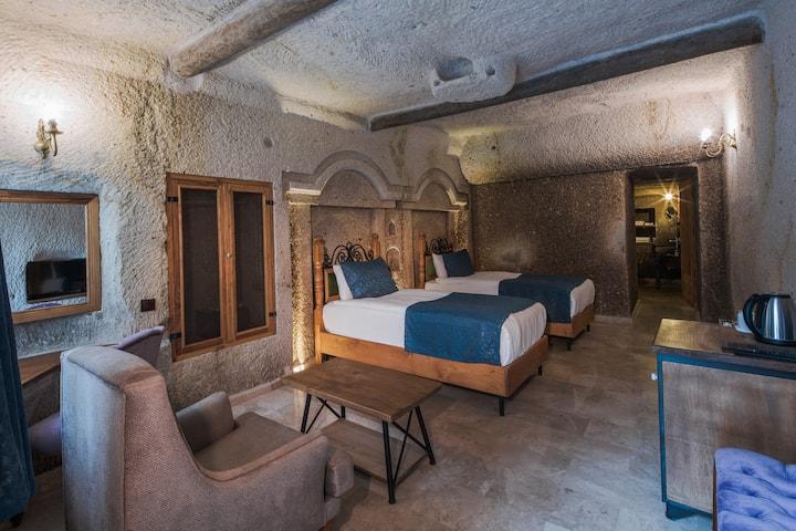 Lunar Cappadocia Hotel Deluxe Twin Room