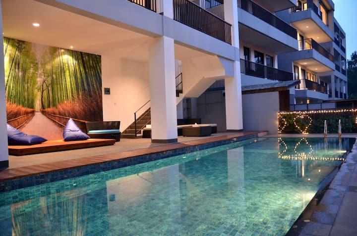 6 BR Villa Dago Pakar 99 + Private Swimming Pool
