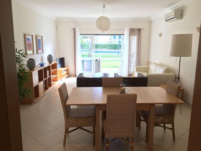 Bright apartment in the heart of Vilamoura Gulfs - Quarteira - Apartamento