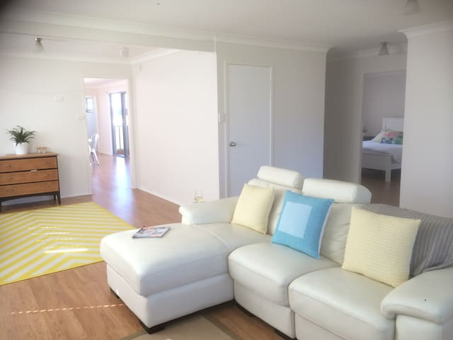 4BR Culburra Beach Escape. Family + Pet Friendly. - Culburra Beach