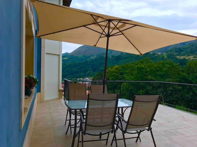 Apartamento con terraza a los Picos de Europa