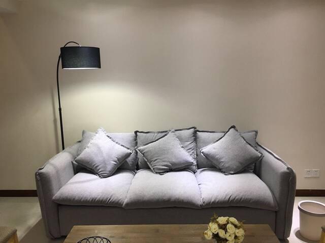 【纽豪斯公寓】武汉黄陂广场一室一厅复式房