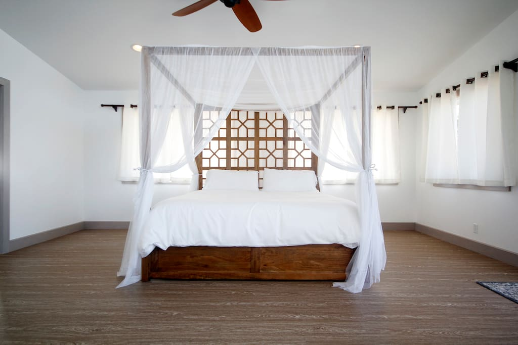 King size bed over looking the beach