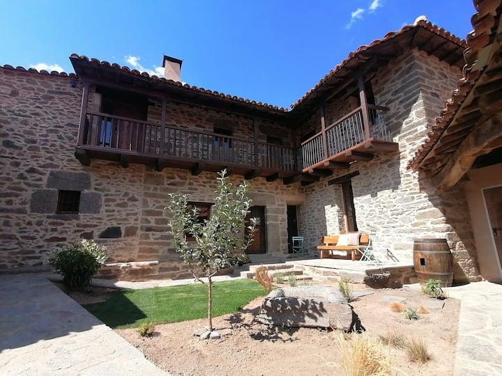 La Fontica Casa Rural Restaurada del s. XVIII