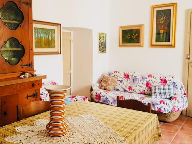 Domo Pittalis - Casa con cortile interno
