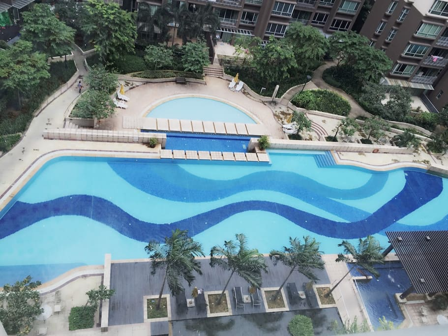 Swimming Pool with high floor view