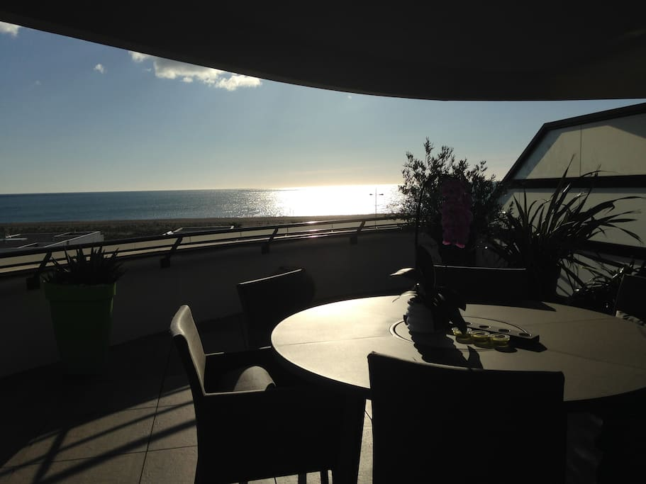 Levé de soleil de la terrasse