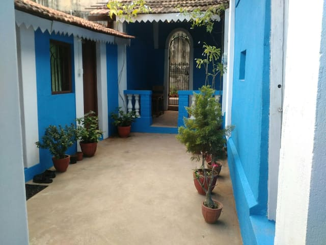 Cozy Cottage in Panjim - Panjim, Goa, IN - Oda + Kahvaltı