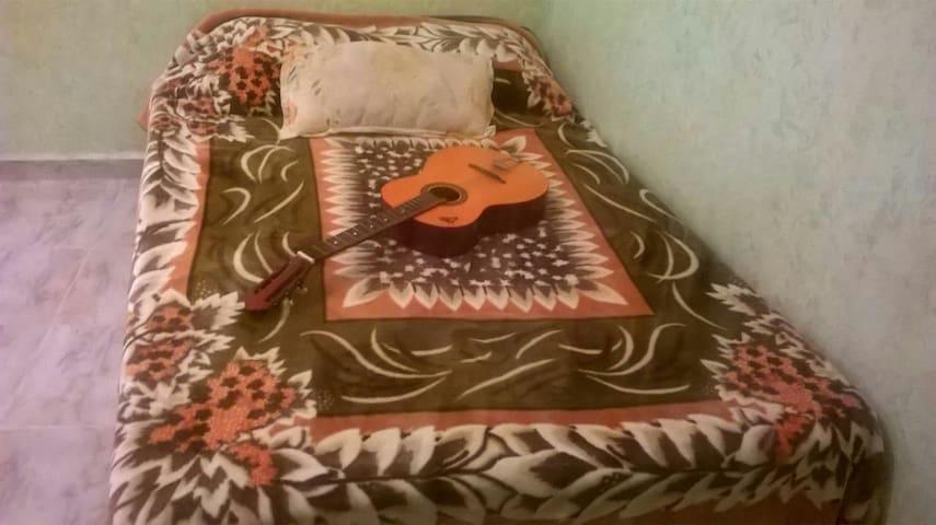 Une chambre pour deux personnes - Sefrou - Casa