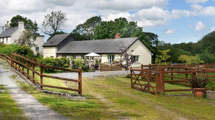 Beautiful North Pembrokeshire Barn Conversion